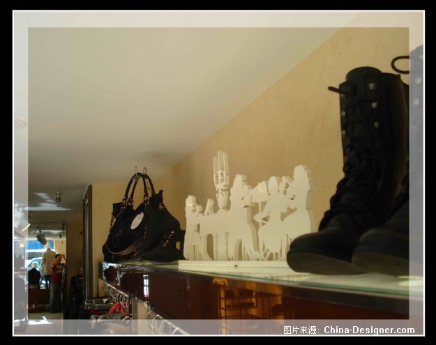 大连青泥洼桥纤芊服装店设计-孟玄的设计师家园-现代