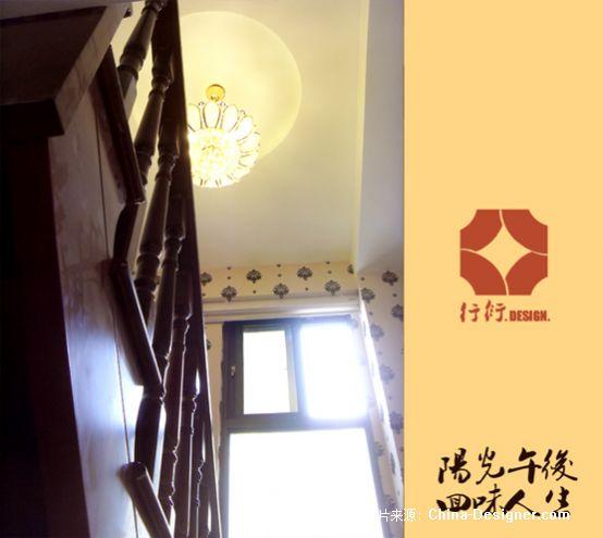楼梯仰视图