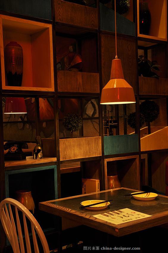 深圳夏渔烤鱼主题餐厅装饰设计coco店-深圳市鼎尚联合装饰设计有限