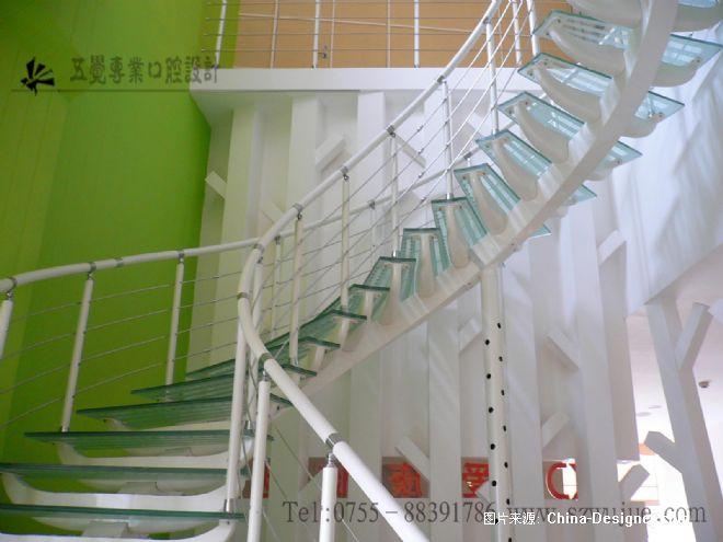 楼梯-深圳五觉概念口腔室内设计有限公司的设计师家园-医院设计